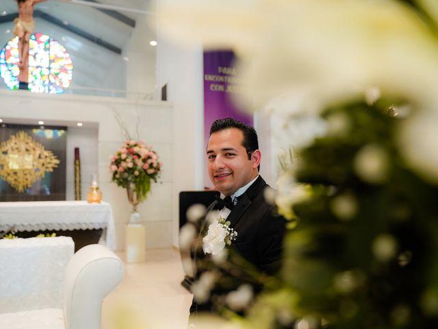 La boda de Víctor y Denisse en Mexicali, Baja California 17