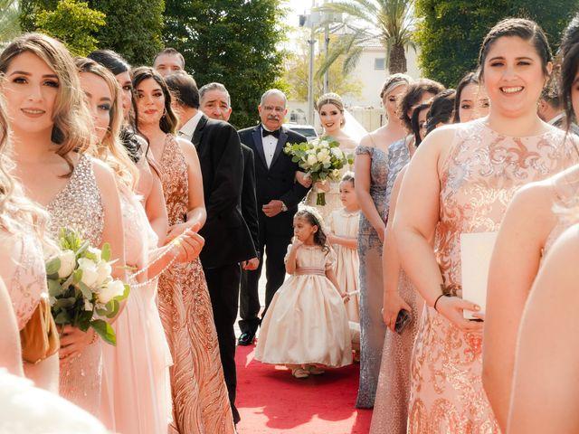 La boda de Víctor y Denisse en Mexicali, Baja California 22