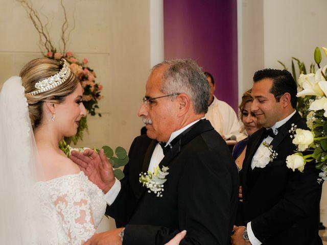 La boda de Víctor y Denisse en Mexicali, Baja California 23