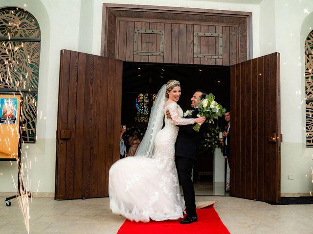 La boda de Víctor y Denisse en Mexicali, Baja California 28