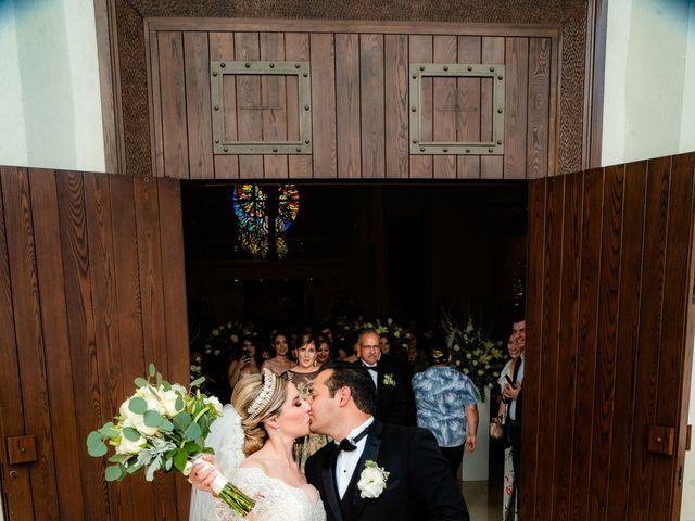 La boda de Víctor y Denisse en Mexicali, Baja California 29