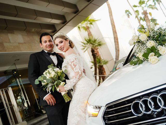 La boda de Víctor y Denisse en Mexicali, Baja California 32