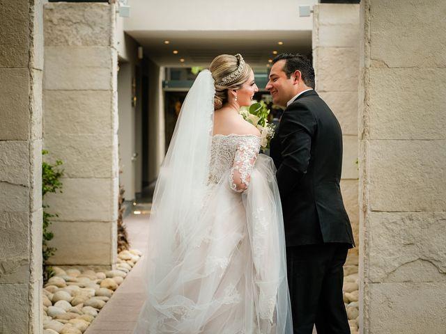 La boda de Víctor y Denisse en Mexicali, Baja California 35
