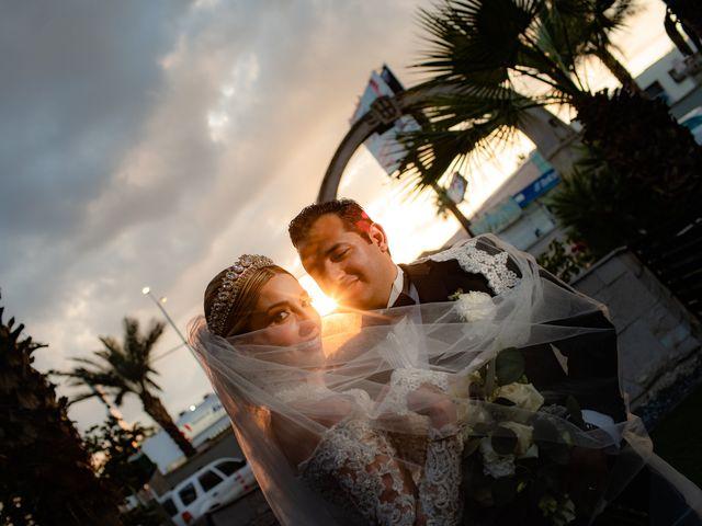 La boda de Víctor y Denisse en Mexicali, Baja California 42