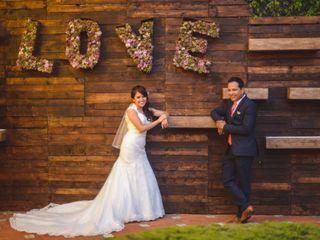 La boda de Dennis y Paco
