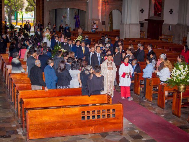 La boda de Luis y Abril en Miguel Hidalgo, Ciudad de México 23