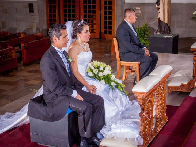 La boda de Luis y Abril en Miguel Hidalgo, Ciudad de México 31