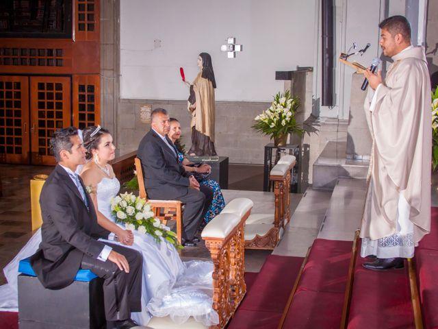 La boda de Luis y Abril en Miguel Hidalgo, Ciudad de México 34