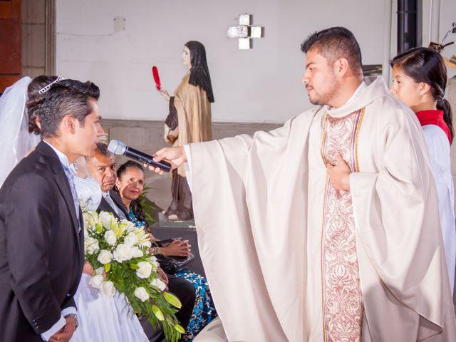 La boda de Luis y Abril en Miguel Hidalgo, Ciudad de México 35