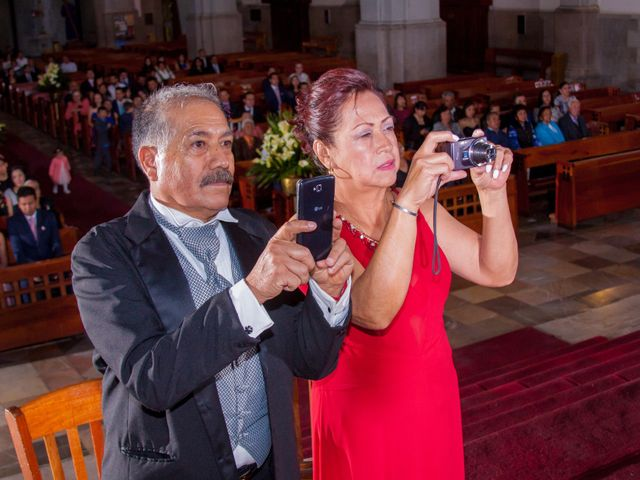 La boda de Luis y Abril en Miguel Hidalgo, Ciudad de México 46