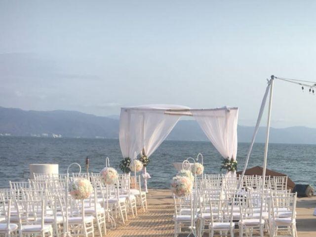 La boda de Francisco y Lulu en Puerto Vallarta, Jalisco 15