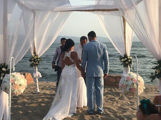 La boda de Francisco y Lulu en Puerto Vallarta, Jalisco 19