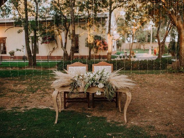 La boda de Miguel  y Adriana  en Zapopan, Jalisco 16