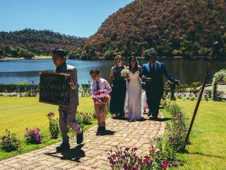 La boda de Lupita  y Víctor  3