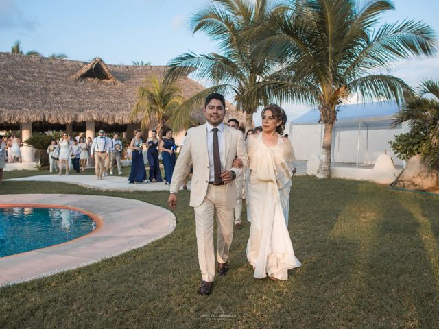 La boda de Arturo y Marlenne en Acapulco, Guerrero 21