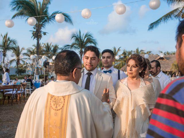La boda de Arturo y Marlenne en Acapulco, Guerrero 22