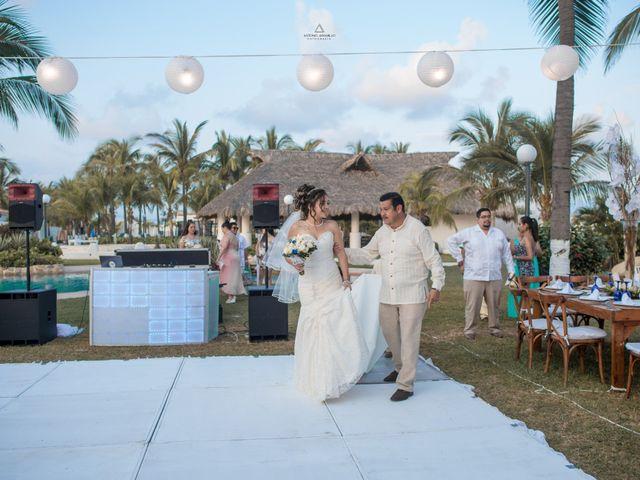 La boda de Arturo y Marlenne en Acapulco, Guerrero 26