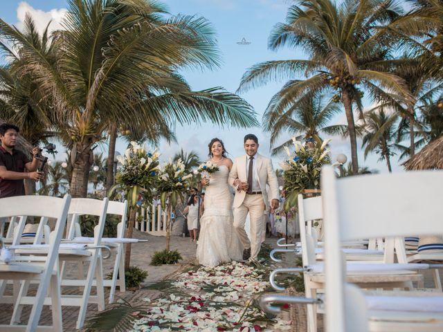 La boda de Arturo y Marlenne en Acapulco, Guerrero 34