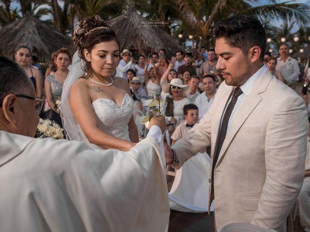 La boda de Arturo y Marlenne en Acapulco, Guerrero 36