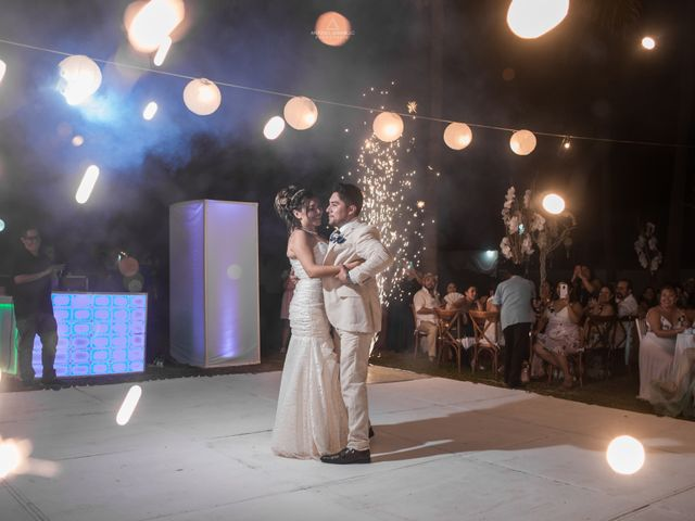 La boda de Arturo y Marlenne en Acapulco, Guerrero 45
