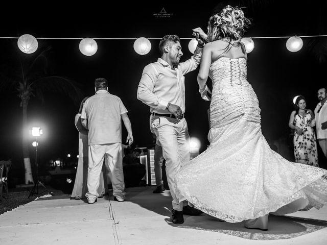 La boda de Arturo y Marlenne en Acapulco, Guerrero 47
