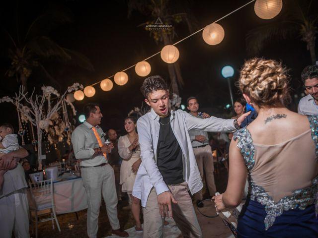 La boda de Arturo y Marlenne en Acapulco, Guerrero 60