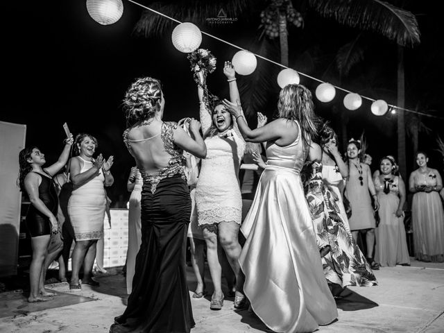 La boda de Arturo y Marlenne en Acapulco, Guerrero 68