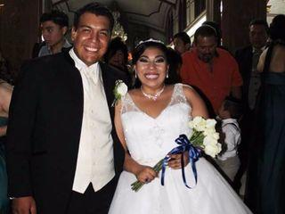 La boda de Montserrat y Adrián