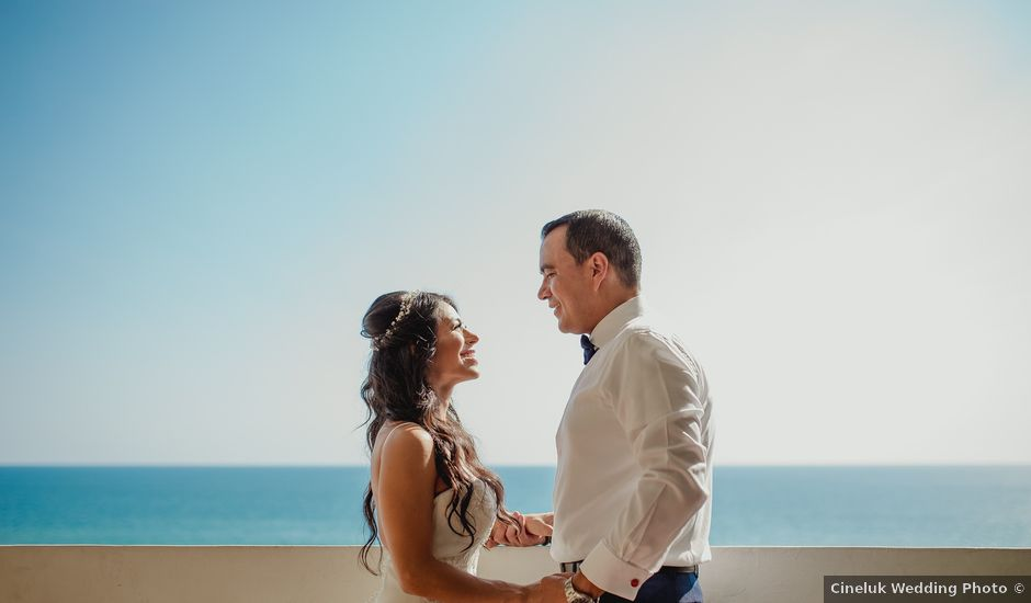 La boda de Poncho y Marcela en Acapulco, Guerrero