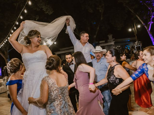 La boda de Héctor y Karla en Torreón, Coahuila 50