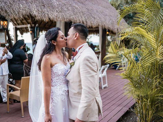 La boda de Gustavo y Ariadna en Cozumel, Quintana Roo 32