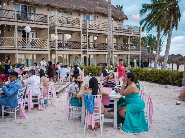 La boda de Gustavo y Ariadna en Cozumel, Quintana Roo 51