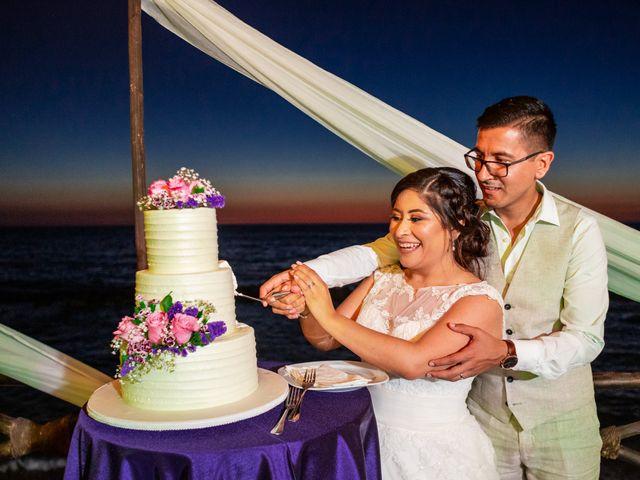 La boda de Karla y Esteban en Puerto Vallarta, Jalisco 32