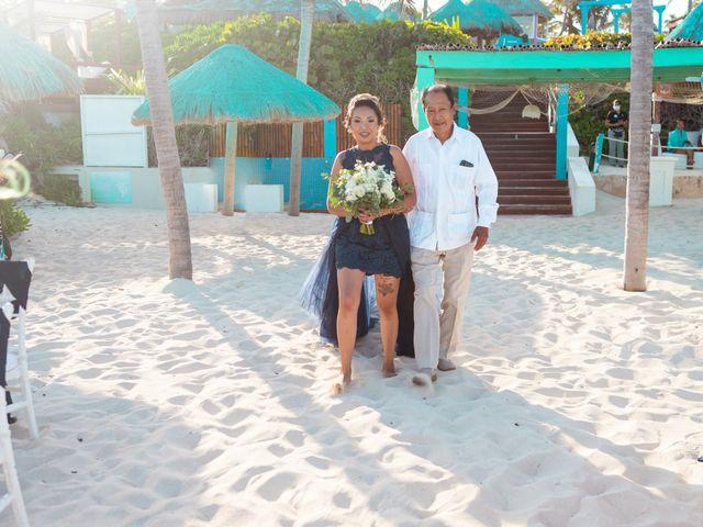 La boda de Gaby y Daniela en Cancún, Quintana Roo 21