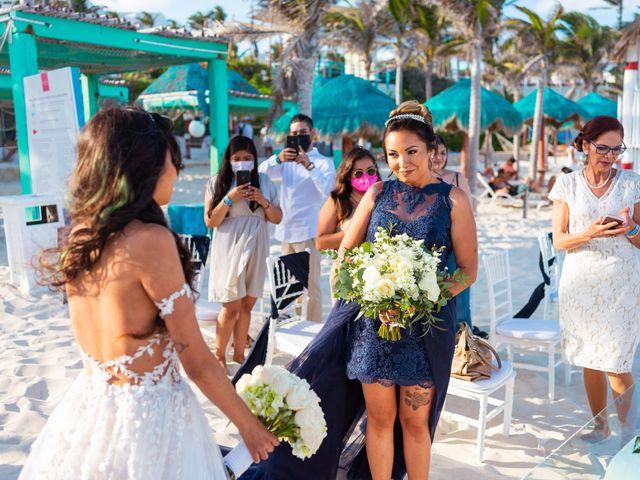 La boda de Gaby y Daniela en Cancún, Quintana Roo 22