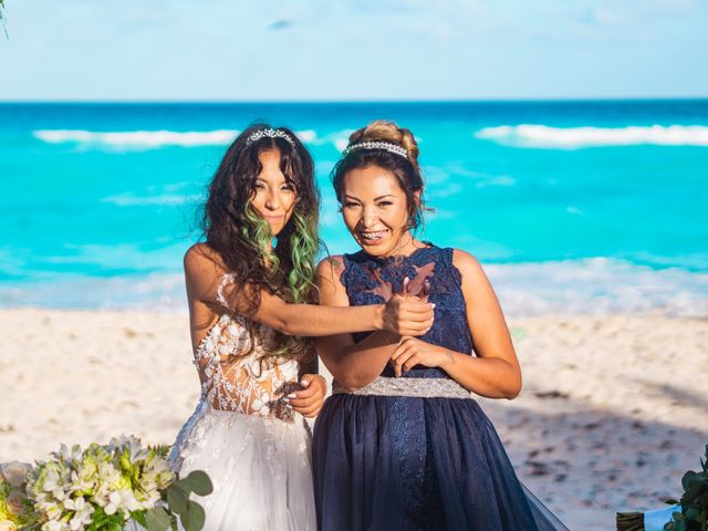 La boda de Gaby y Daniela en Cancún, Quintana Roo 25