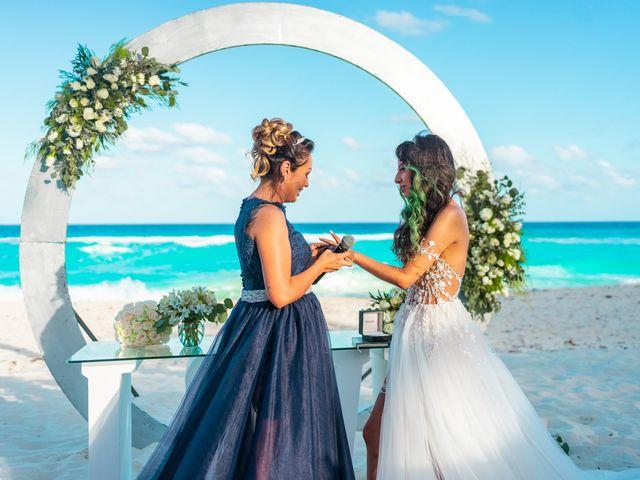 La boda de Gaby y Daniela en Cancún, Quintana Roo 26