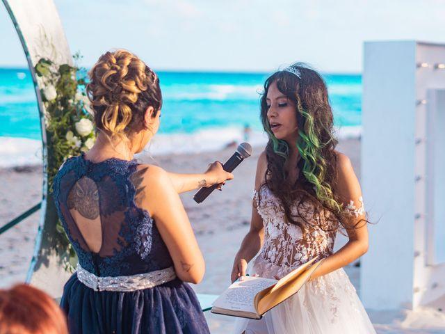 La boda de Gaby y Daniela en Cancún, Quintana Roo 27