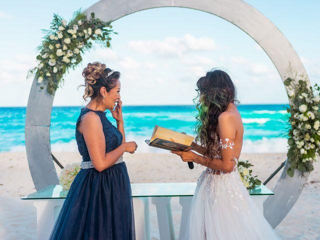 La boda de Gaby y Daniela en Cancún, Quintana Roo 30