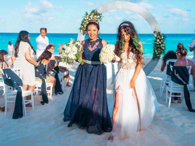 La boda de Gaby y Daniela en Cancún, Quintana Roo 35