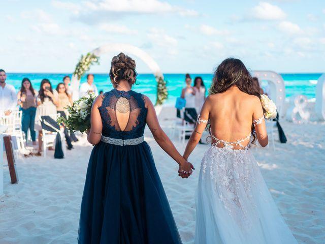 La boda de Gaby y Daniela en Cancún, Quintana Roo 37