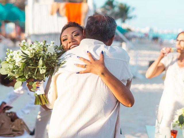 La boda de Gaby y Daniela en Cancún, Quintana Roo 39