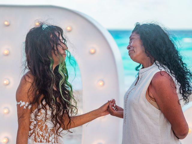 La boda de Gaby y Daniela en Cancún, Quintana Roo 41