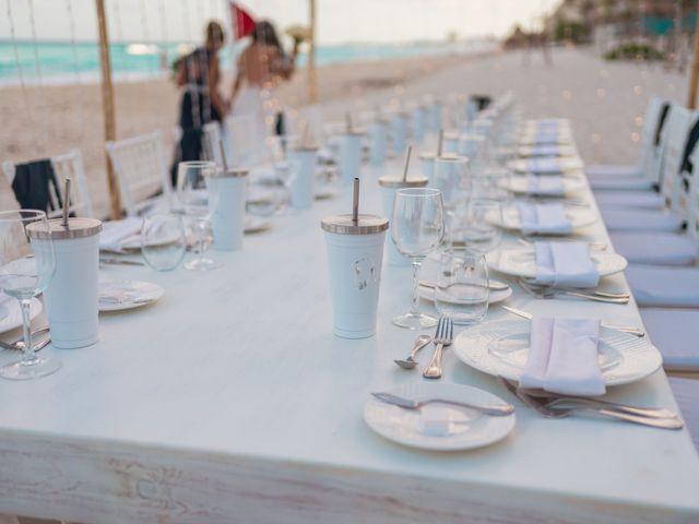 La boda de Gaby y Daniela en Cancún, Quintana Roo 46