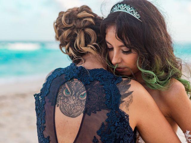 La boda de Gaby y Daniela en Cancún, Quintana Roo 53