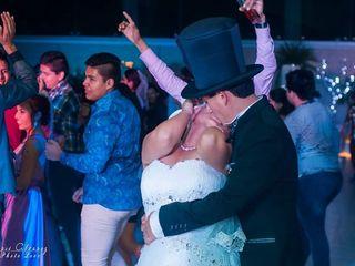 La boda de Thalía y Arturo 1