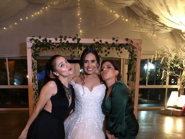 La boda de Néstor  y Mayra en Tlajomulco de Zúñiga, Jalisco 4