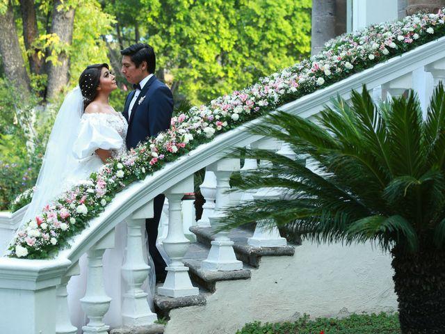 La boda de Manuel y Sara en Guadalajara, Jalisco 32