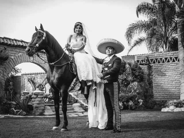La boda de Iris y Roberto