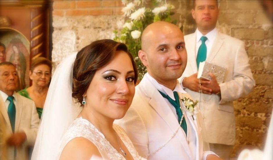 La boda de Oswaldo y Lily en Tepetlaoxtoc, Estado México